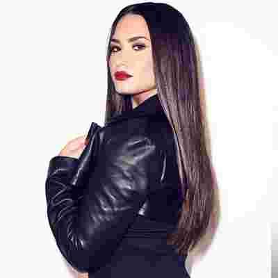 Demi Lovato (2018) albüm kapak resmi