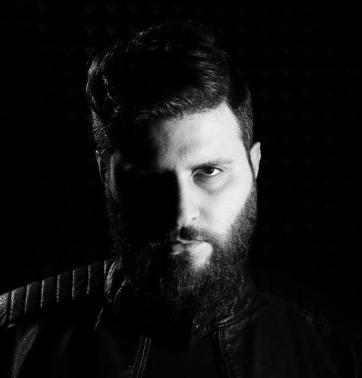 Ados (2018) albüm kapak resmi