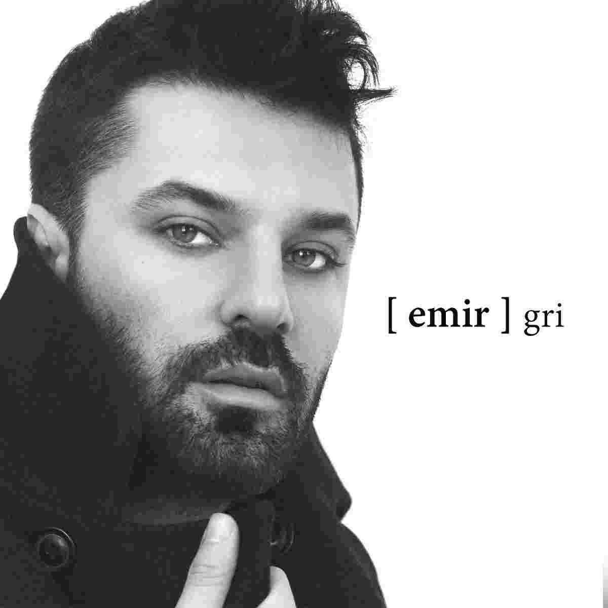 Gri (2018) albüm kapak resmi