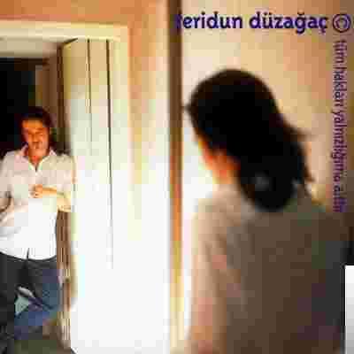 Tüm Hakları Yalnızlığıma Aittir (2001) albüm kapak resmi