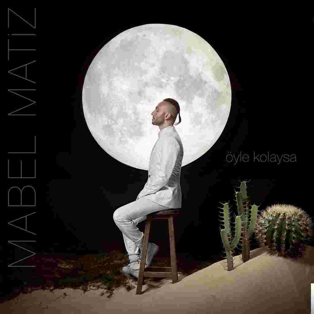 Öyle Kolaysa (2018) albüm kapak resmi