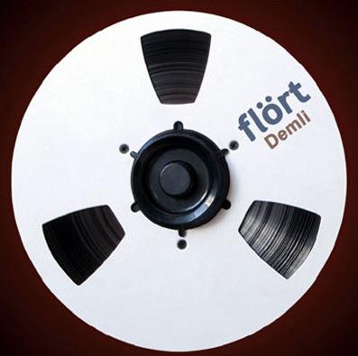 Demli (2009) albüm kapak resmi