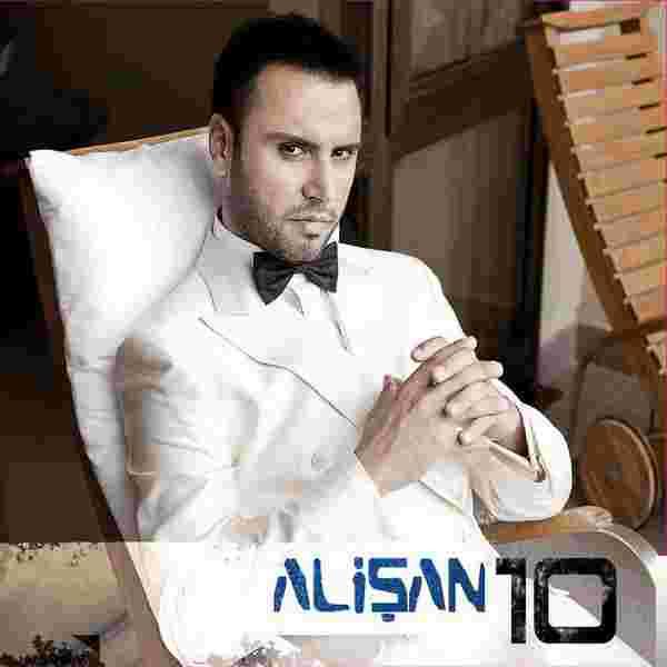 10 (2011) albüm kapak resmi